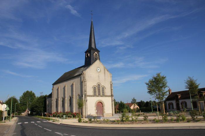 place de l'église Châtenoy