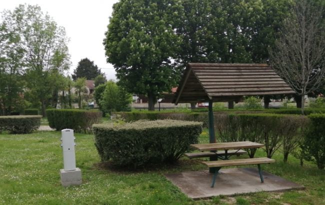 45_Loiret_Chatillon-Coligny_Aire_CampingCarPark_Aire4