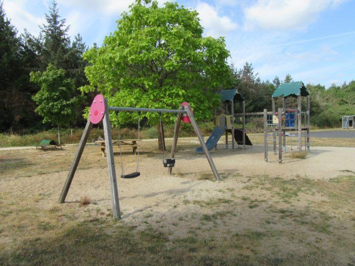 Aire-jeux-Vieilles Maisons sur Joudry