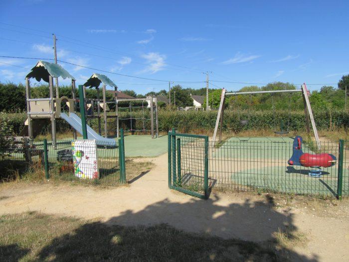 Aire-jeux-Varennes