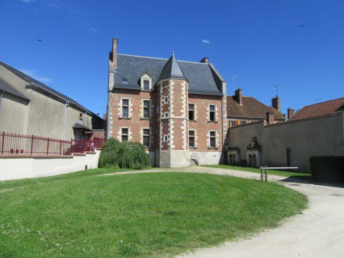 Mairie de Lorris