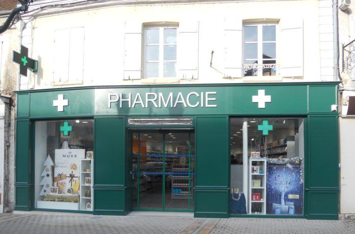 Pharmacie 11 pl martroi