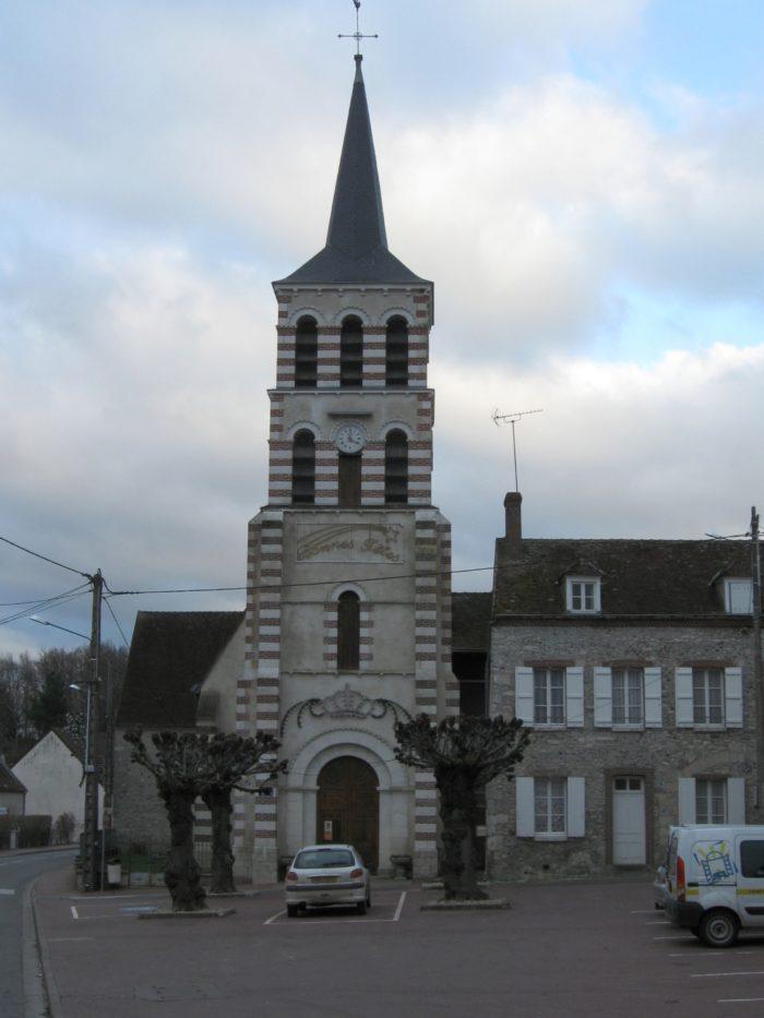 Eglise Sainte-Genevieve-des-Bois-