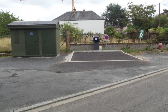borne de rechargement véhicules électriqes bellegarde – rue des pervenches