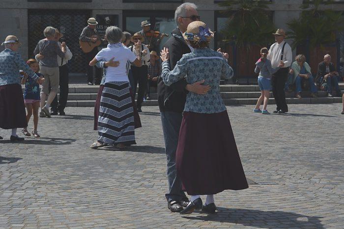 dance-1057707_960_720