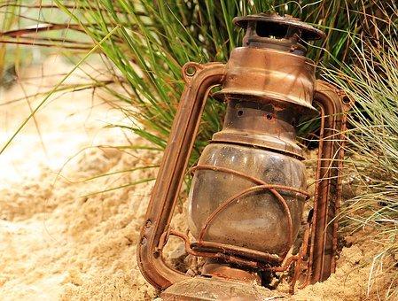 lantern-1694888–340