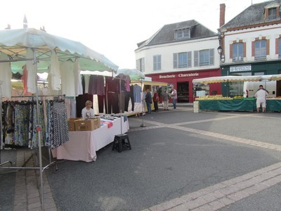 marché_Bellegarde_2019_01 tis